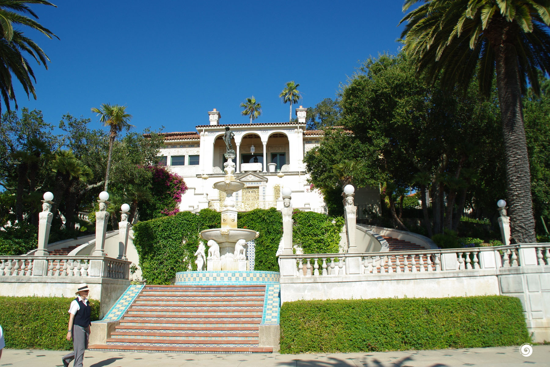 hearst-Devoyager-M-Hearst castle (5)