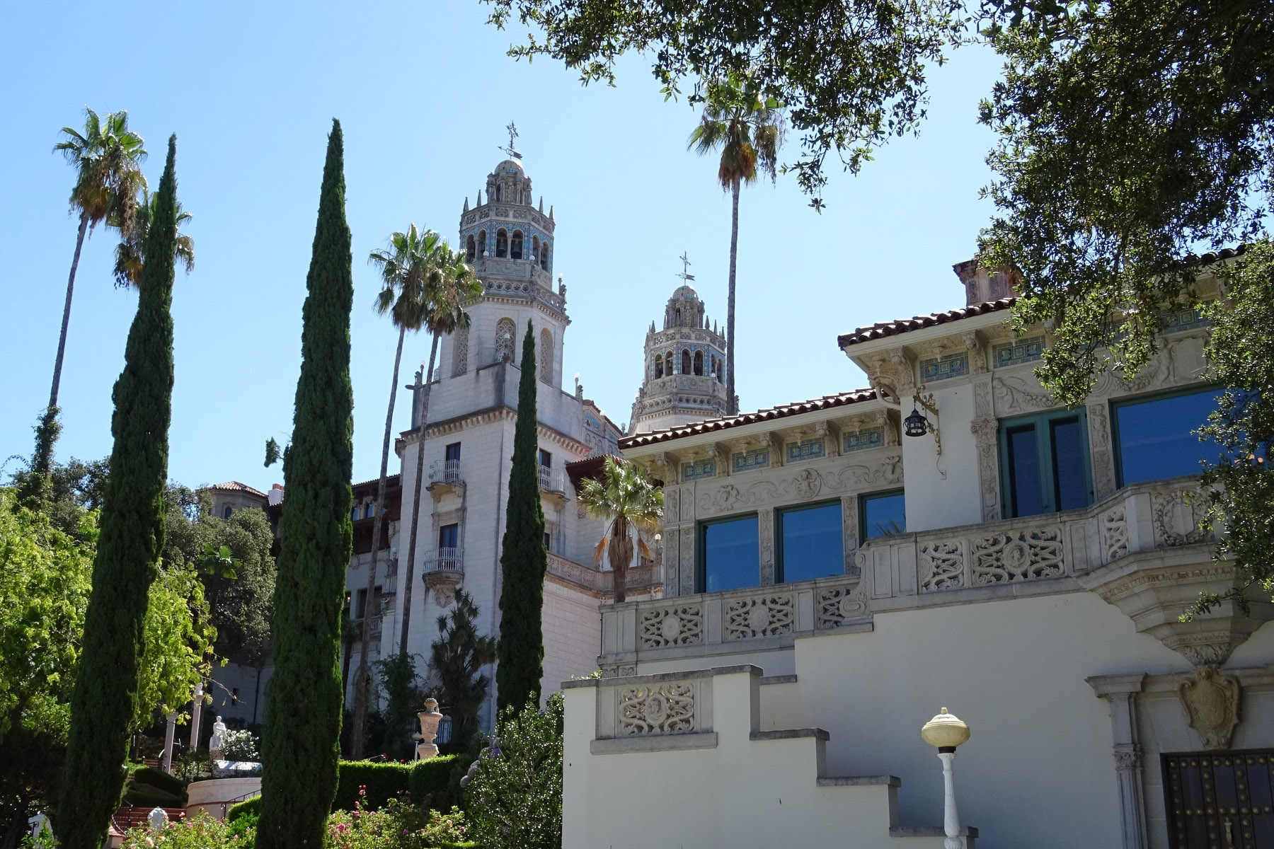 hearst-Devoyager-P-Hearst castle