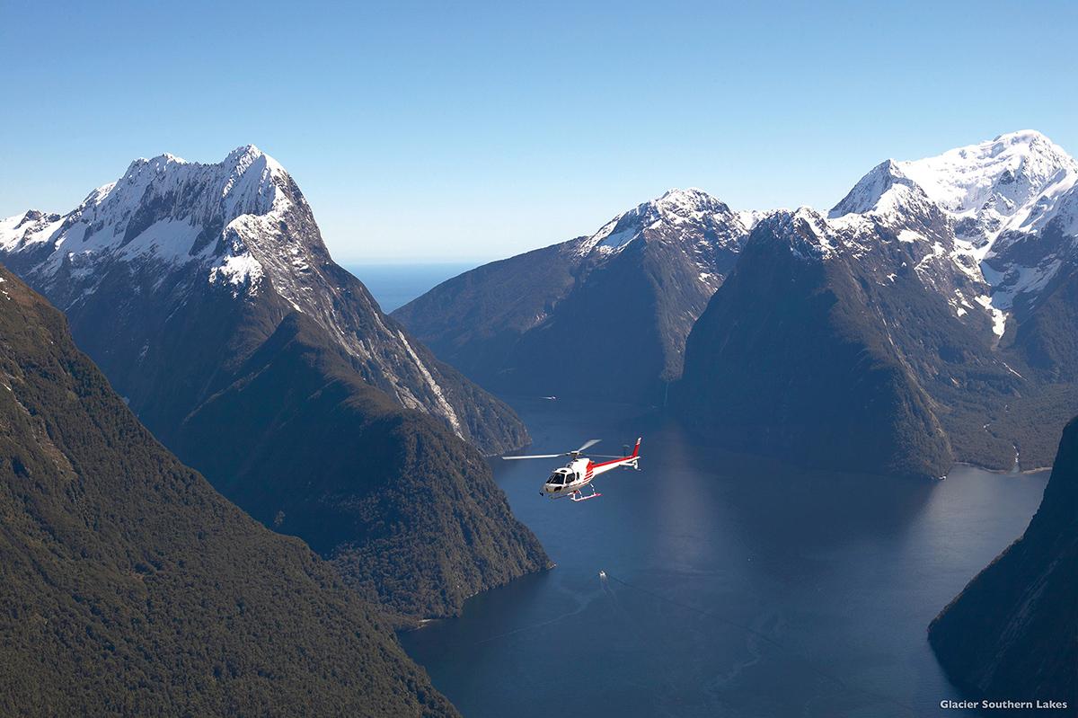 milford_100_ pure NZ Milford Sound 2