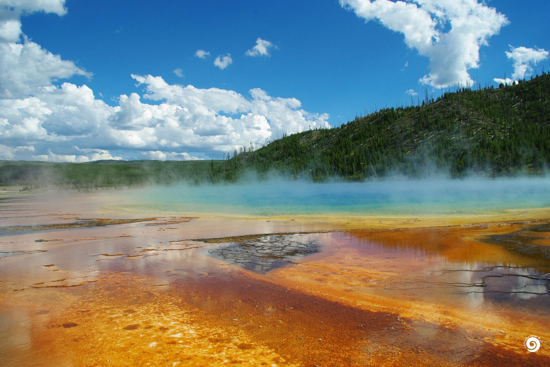yel-Devoyager-M-Yellowstone